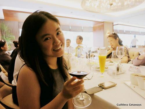 melody-co-oakroom-restaurant-pasig-manila.jpg