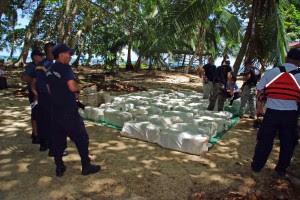 950 kilos de marihuana fueron encontrados en Isla Uvita. Cortesía del MSP.