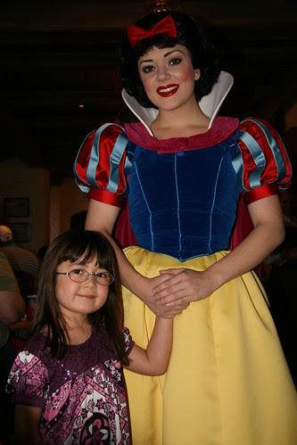 Dova and Snow White