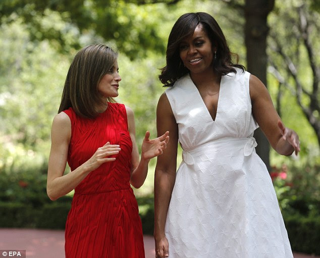 O casal, que reuniu pela última vez em setembro, parecia estar ficando famosa como eles visitaram os jardins do palácio