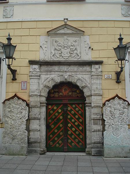 File:House of the Brotherhood of Blackheads in Tallinn1.JPG