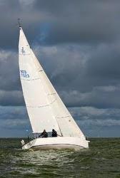 J/105 sailing North Sea to France