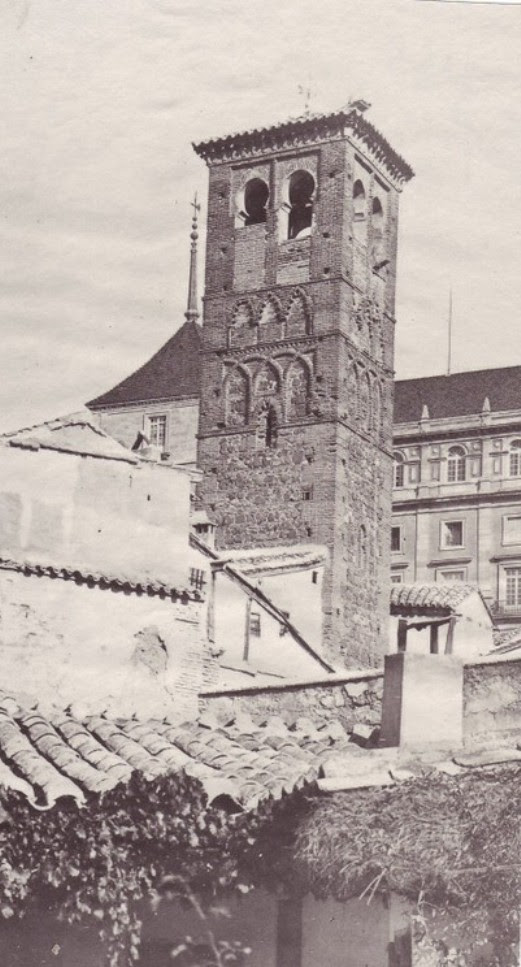 Torre de la Iglesia de San Miguel hacia 1880. fotografía de Casiano Alguacil (detalle)