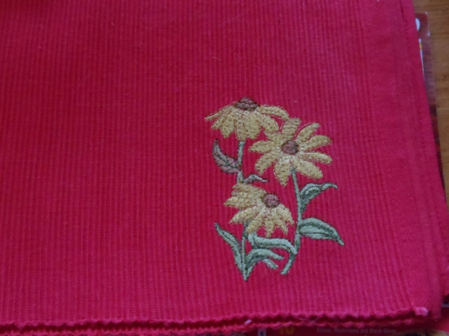 Sunflower Embroidery Red Ribbed 4 Piece Placemats