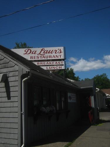 Da Laur's Restaurant
