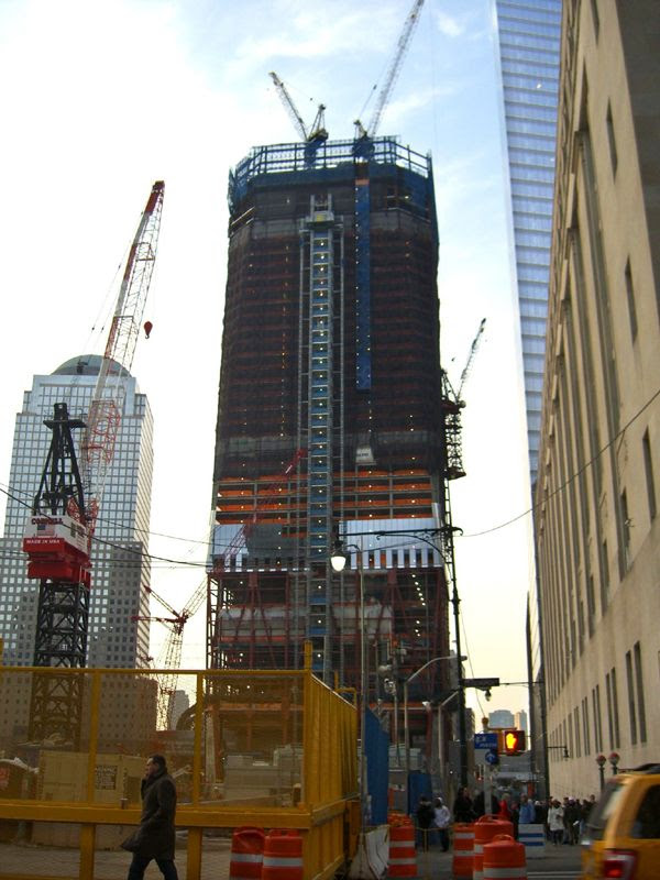 The 1 World Trade Center as of December 19, 2010.