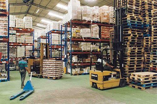 Derecho mercantil almacenes de deposito for Almacen de derecho