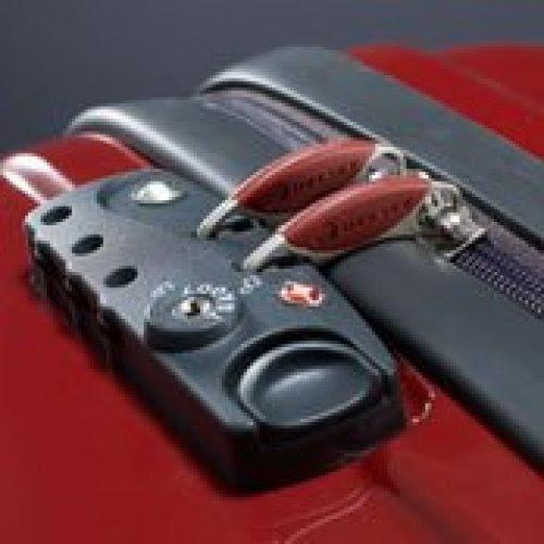 ATENÇÃO: Cuidado com sua mala! Na hora de viajar, todo cuidado é pouco e  nenhum cadeado é suficiente - uma simples caneta abre e fecha a sua mala sem deixar vestigios