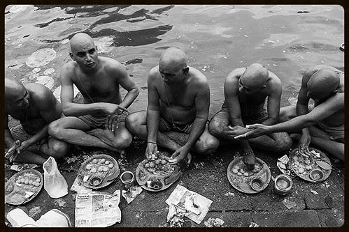Pitru Paksh 2013 Banganga by firoze shakir photographerno1