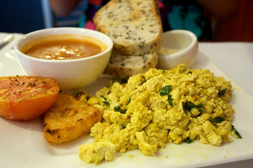 scrambled tofu at naked espresso
