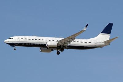 Dallah Al-Baraka Boeing 737-9LB ER WL VP-BDB (msn 38890) DXB (Paul Denton). Image: 911863.