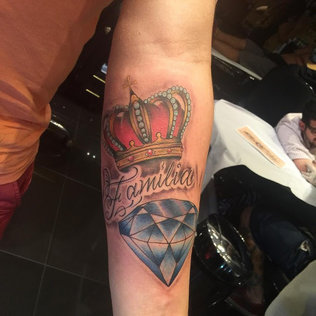 55 Best King And Queen Crown Tattoo Designs Meanings 2019