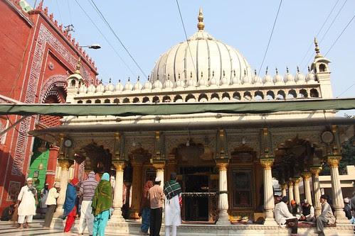 Dargah Nizamuddin Aulia Revisited by firoze shakir photographerno1