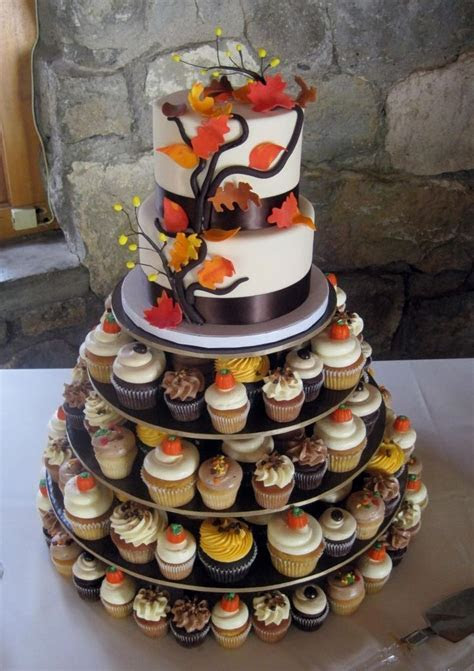 Best 25  Fall wedding cupcakes ideas on Pinterest   Autumn