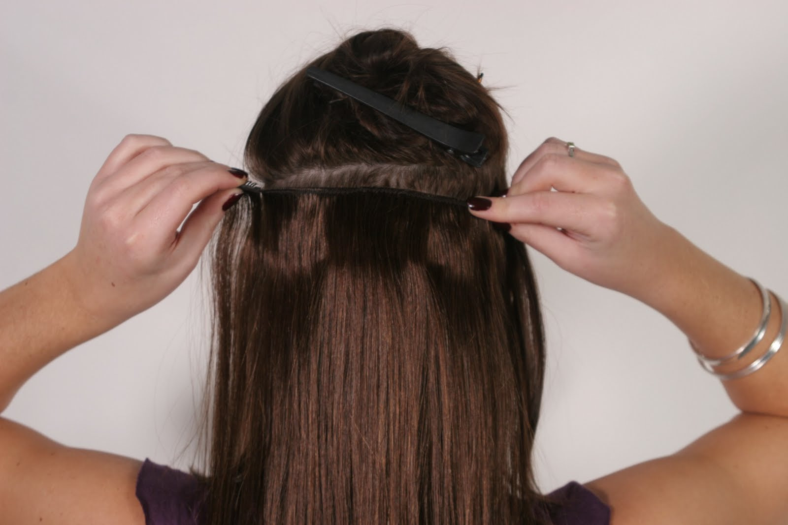 clip in extensions strip