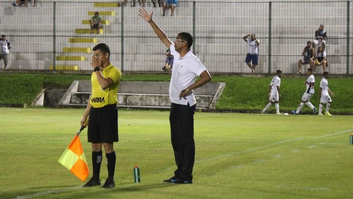Narciso técnico do ABC (Foto: Diego Simonetti/Blog do Major)