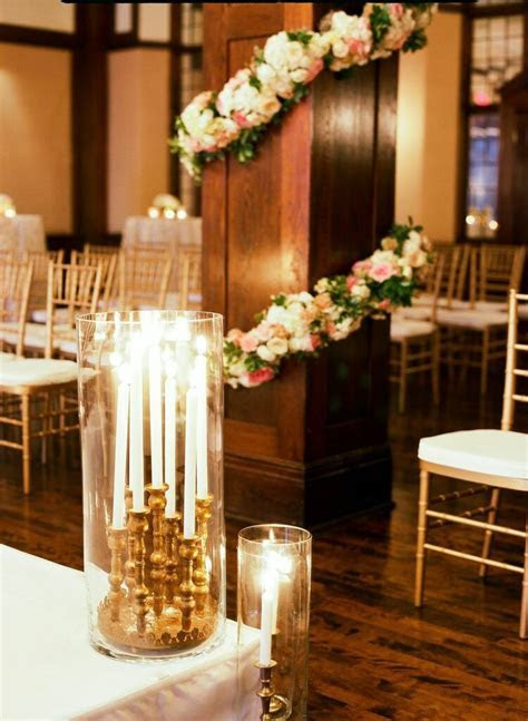Timeless Minneapolis Wedding with Classic Glam Decor
