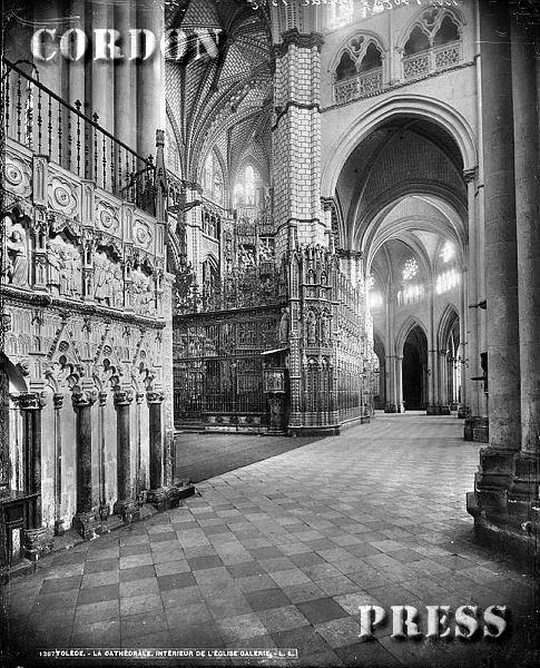 Interior de la Catedral de Toledo hacia 1875-80. © Léon et Lévy / Cordon Press - Roger-Viollet