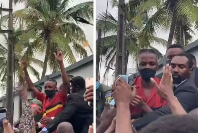 Laycon's Fans Block His Vehicle From Leaving As They Hail Him (Video)
