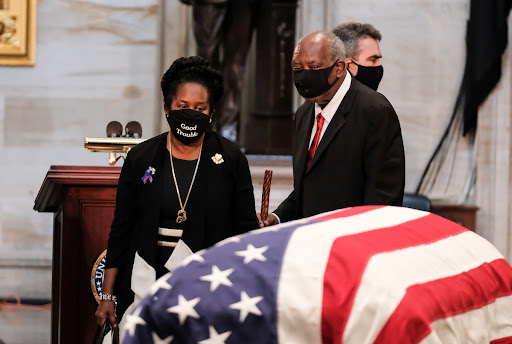 Avatar of Democrats honor John Lewis with 'Good Trouble' masks, inspiring copycats