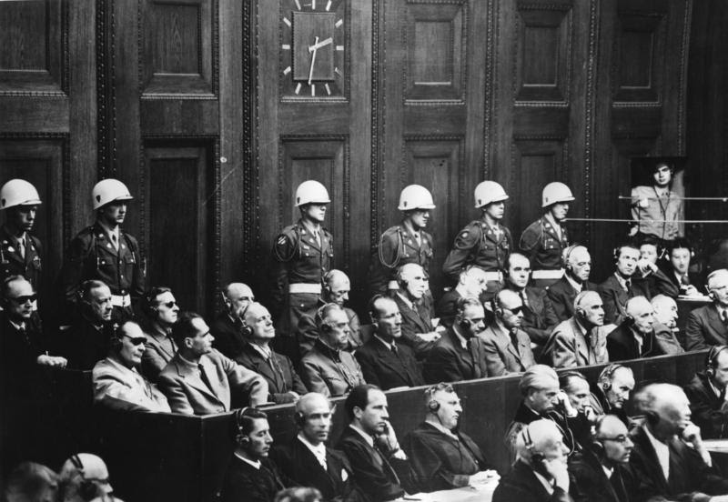 File:Bundesarchiv Bild 183-V01057-3, Nürnberger Prozess, Angeklagte.jpg