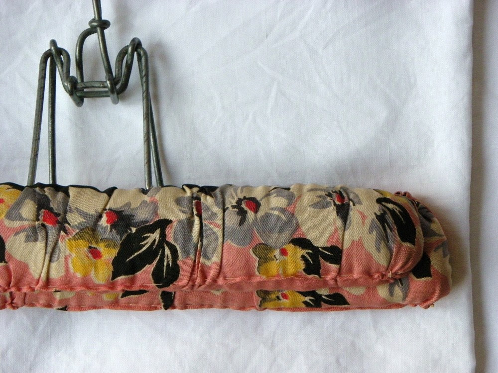 Vintage 40s floral clothes hanger