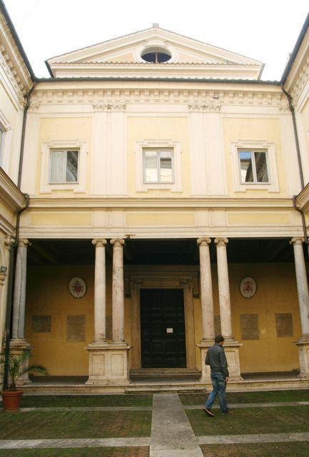 San Gregorio al Celio: portico della chiesa