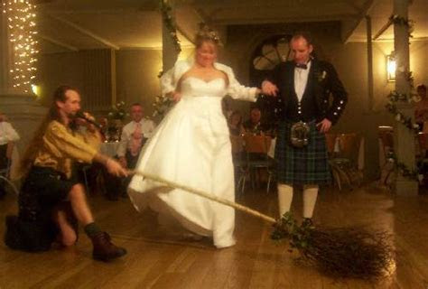 Home   Scottish Handfasting and Wedding MC