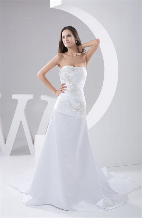White Vintage Bridal Gowns Inexpensive Traditional