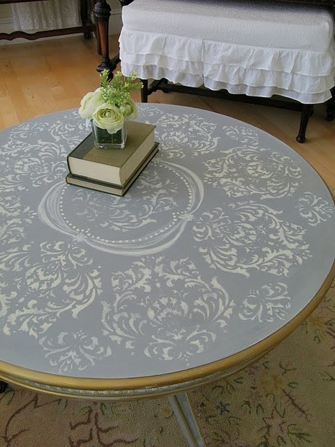 Gorgeous damask stencilled French boho coffee table, hand-painted by Amy at Maison Decor blog.