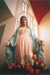 María ilumina nuestro corazón para poder decir como tu: