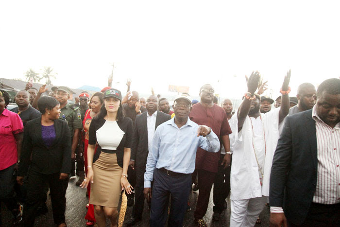 Oshiomhole, wife in victory dance