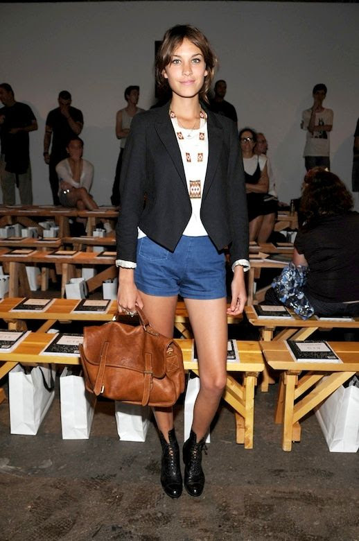 36 Le Fashion Blog 40 Of Alexa Chung Best Looks With Denim Shorts Black Blazer Leather Satchel Jean Cut Offs Ankle Boots Via Costume Denmark