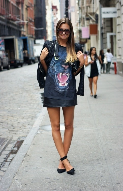 follow http://sistercouture.tumblr.com for fashion, models and street style.
