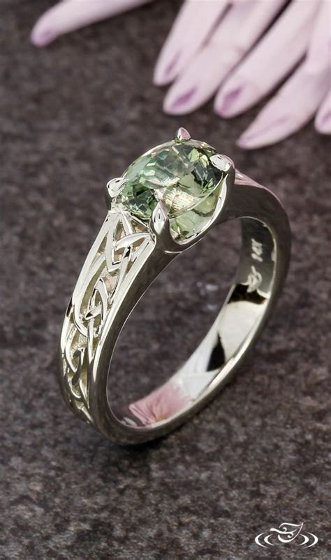Best 25  Irish jewelry ideas on Pinterest   Celtic wedding