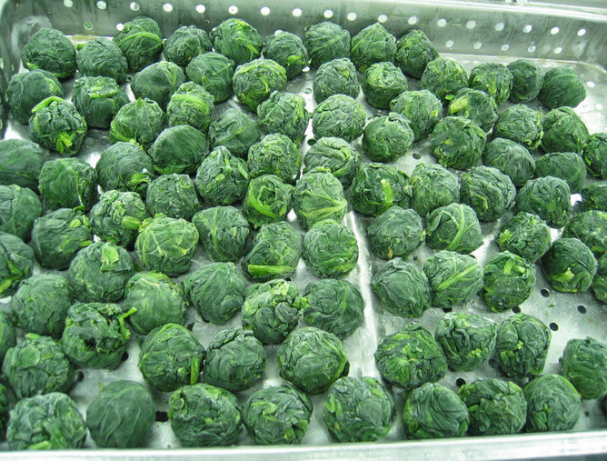 19 - Frozen spinach. In 2002, Japanese safety inspection officials found high levels of pesticide in frozen spinach.