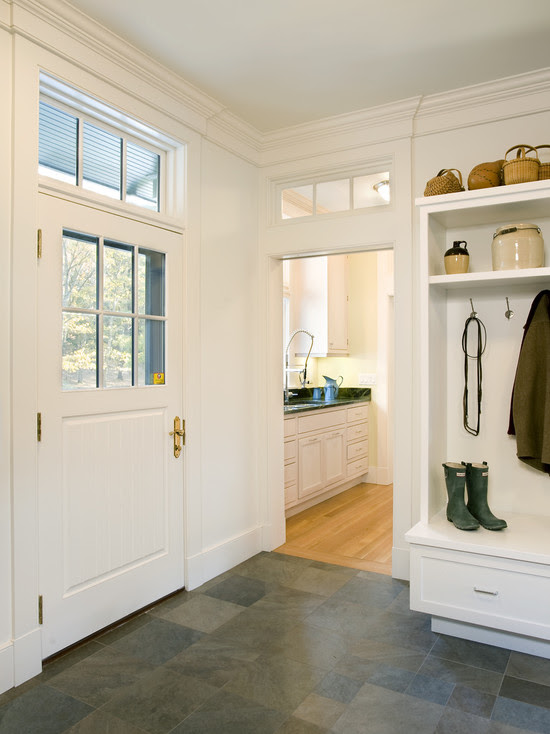 Forest View Residence Mudroom (Boston)