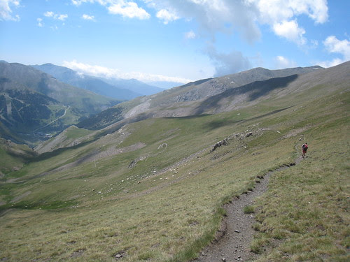Trails down to Vall de Núria