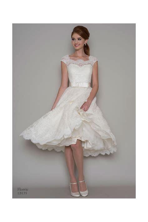 Louou Bridal Florrie 1950s Tea Length Lace Short Wedding