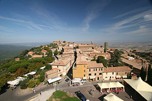 English: View of Montalcino from the Castle (F...