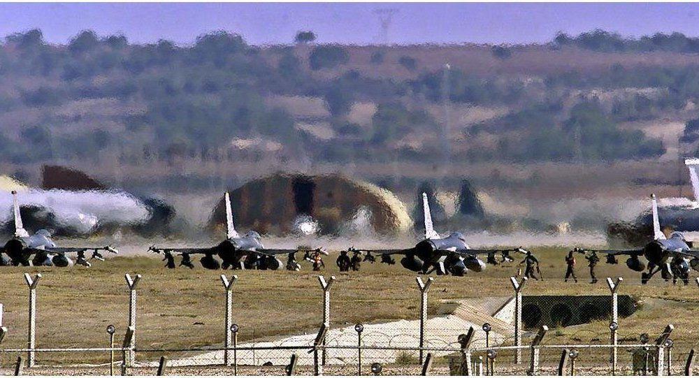 Cessez-le-feu ou pas, les avions russes et américains frôlent la collision dans le ciel syrien (Press TV)