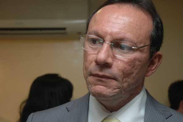 Raniere Barbosa negou que seja milionário durante o pronunciamento