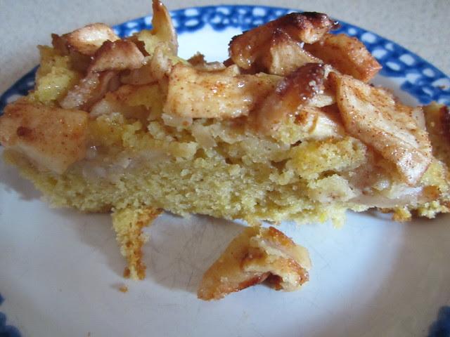 Yum yum cake! 003