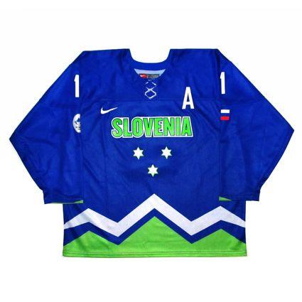 Slovenia 2014 jersey photo Slovenia 2014 F.jpg