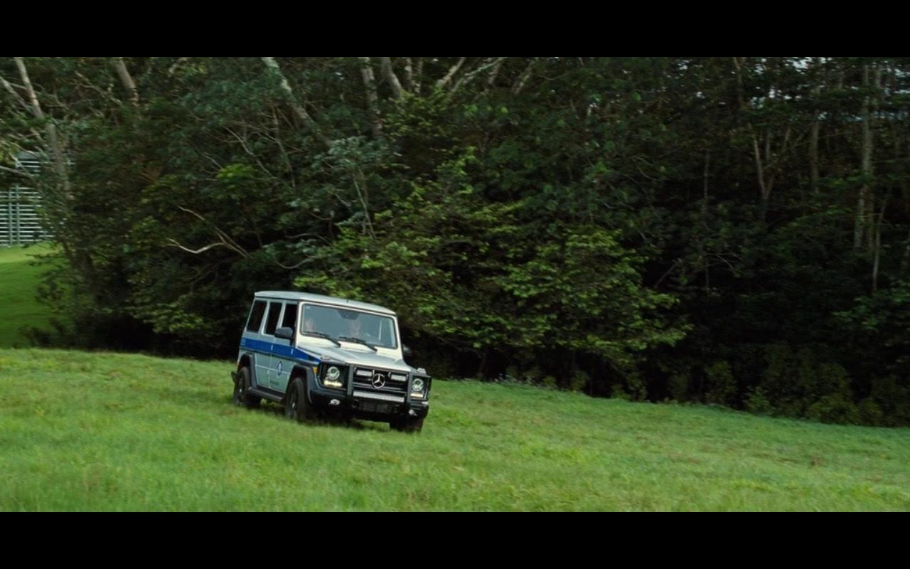 Mercedes-Benz cars in Jurassic World (2015) Movie Scenes
