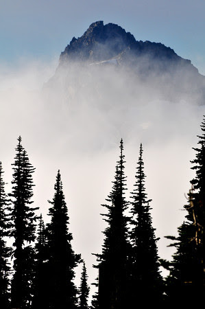 ...wrapped in a ghostly mantle of mist... Mark Twain
