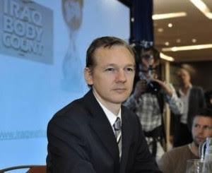 http://www.cubadebate.cu/wp-content/uploads/2010/10/wikileaks-julia-assange1-300x245.jpg