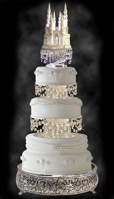 Gorgeous Wedding Cake with Swarovski Crystal Cinderella