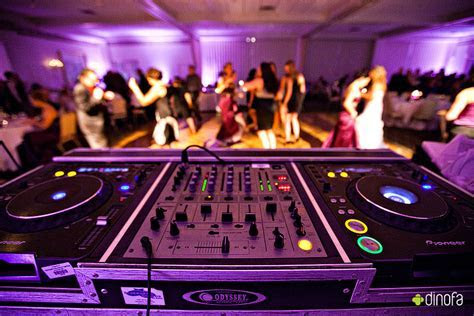 The Platinum Media Group: Cost of a Wedding DJ   How much