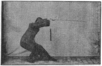 《昆吾劍譜》 李凌霄 (1935) - posture 43